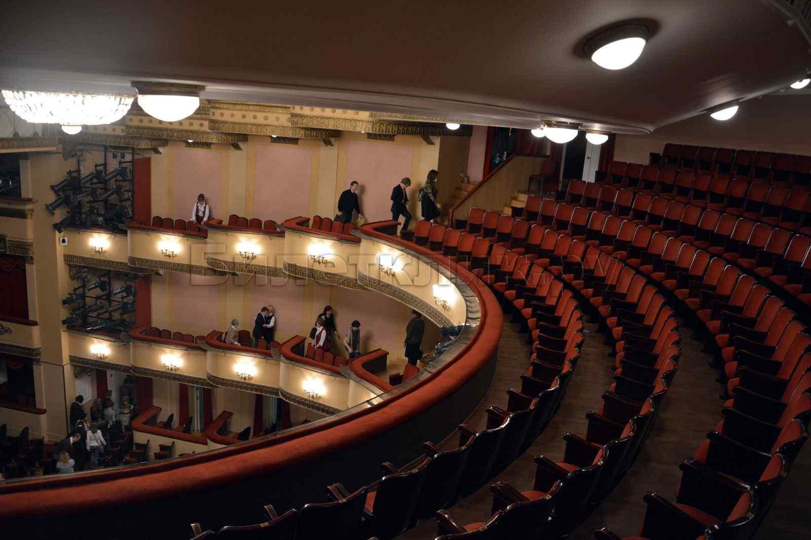 Схема театр вахтангова зала